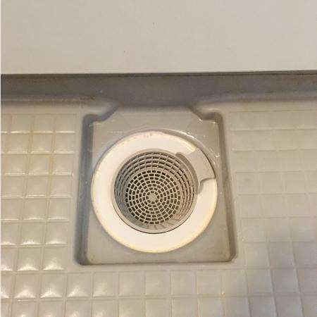 お風呂場の排水口のお掃除2