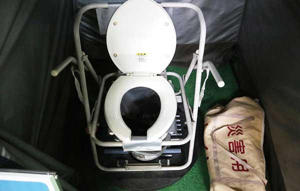 マンホール用仮設トイレ