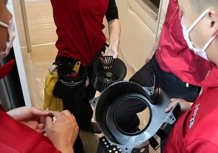 スマイキュア技術研修|天井埋込換気扇